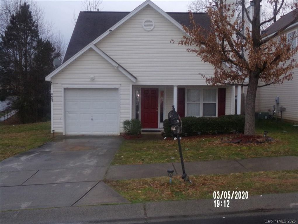 8603 Berrybrook Ln Charlotte, NC 28269