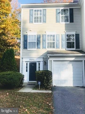 Photo of 7800 Goldfield Ct, Clinton, MD 20735