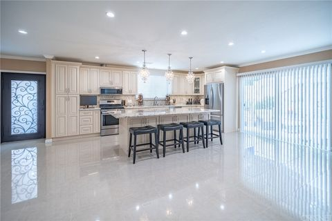 Photo of 8438 Springford Dr, Sun Valley, CA 91352