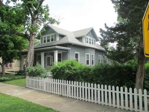 612 Mulberry St, Mount Vernon, IN 47620