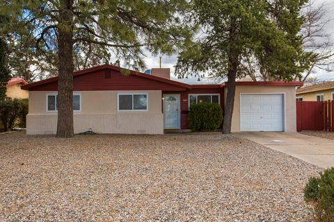 Photo of 1604 Alvarado Dr Ne, Albuquerque, NM 87110