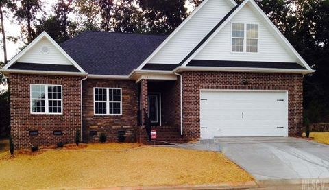 1231 10th Street Pl Nw, Hickory, NC 28601