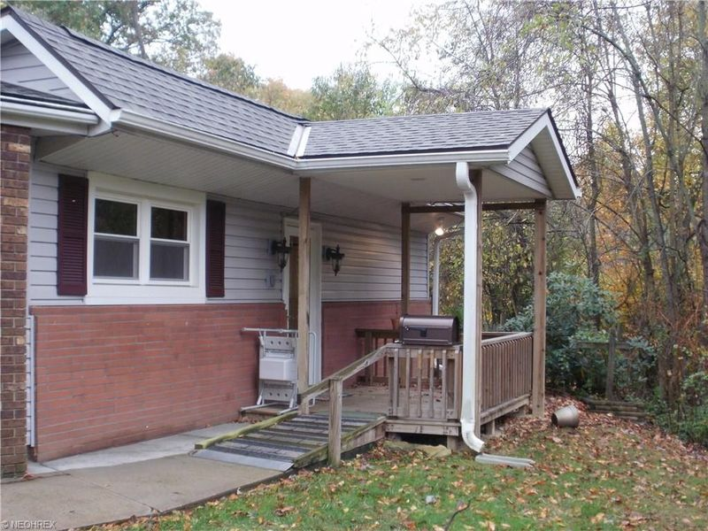 890 taylor st zanesville oh 43701 home for sale real for Kitchen cabinets zanesville ohio