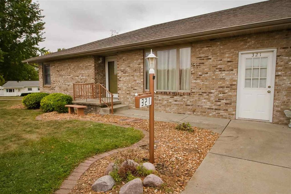 321 Home Ave Lincoln IL 62656
