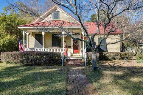 East Hill Pensacola Fl Real Estate Homes For Sale Realtorcom