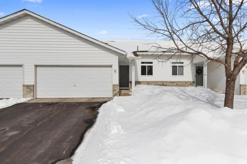 Photo of 1543 Balinese St, Shakopee, MN 55379