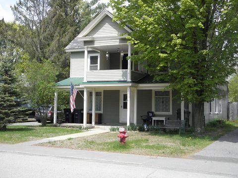 Photo of 81 Hand Ave, Elizabethtown, NY 12932