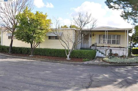 Stockton, CA Mobile & Manufactured Homes for Sale - realtor.com® on new homes manteca ca, buildings for lease stockton ca, luxury homes stockton ca,
