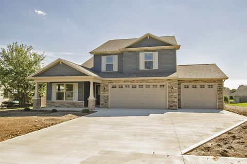 1116 Blue Jay Dr, Greentown, IN 46936