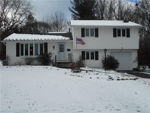 163 Wendover Rd, Rochester, NY 14610