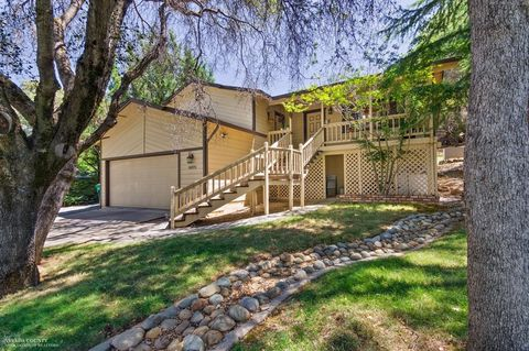 14373 Lodgepole Dr, Penn Valley, CA 95946