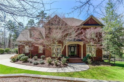 7084 Montgomery Rd, Lake Wylie, SC 29710