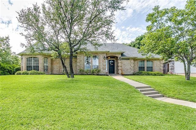 7501 Caddo Ct, Fort Worth, TX 76132
