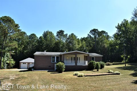 Photo of 2700 Cleaton Rd, Brodnax, VA 23920