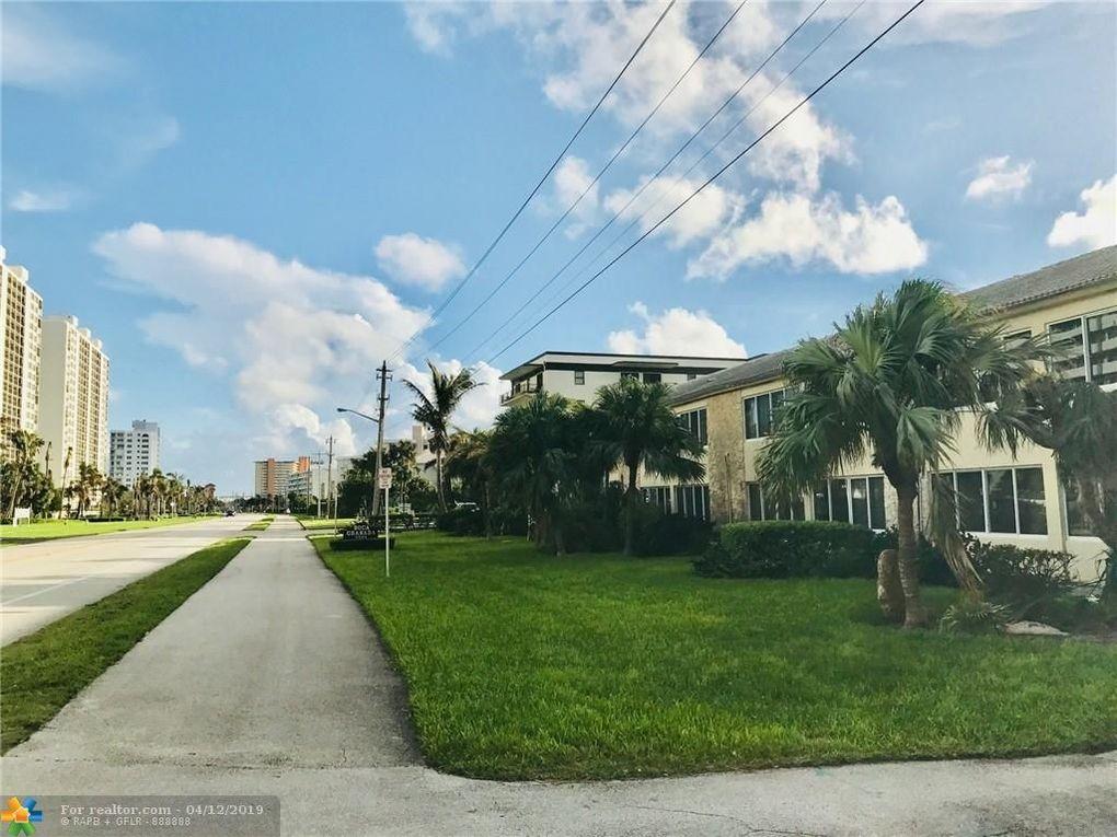 2561 S Ocean Blvd Apt 8, Boca Raton, FL 33432