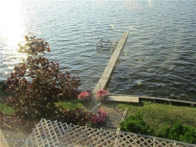 8194 Lake St Bear Lake Mi 49614 Realtor Com 174