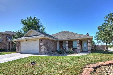 6911 35th St, Lubbock, TX 79407