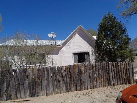 615 Joseph Ave, Estancia, NM 87016