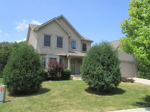 100 Muirfield Dr, Valparaiso, IN 46385