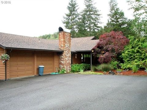 roseburg or houses for sale with 2 car garage