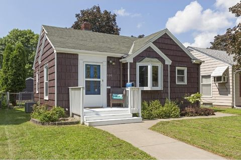 606 7th Ave S, South St Paul, MN 55075