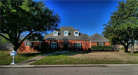 Saginaw Tx Houses For Sale With Swimming Pool Realtorcom