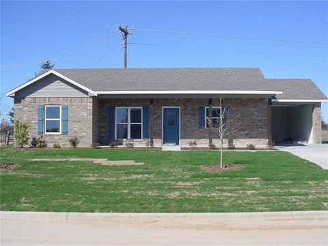 Photo of 115 Barns St, Emory, TX 75440
