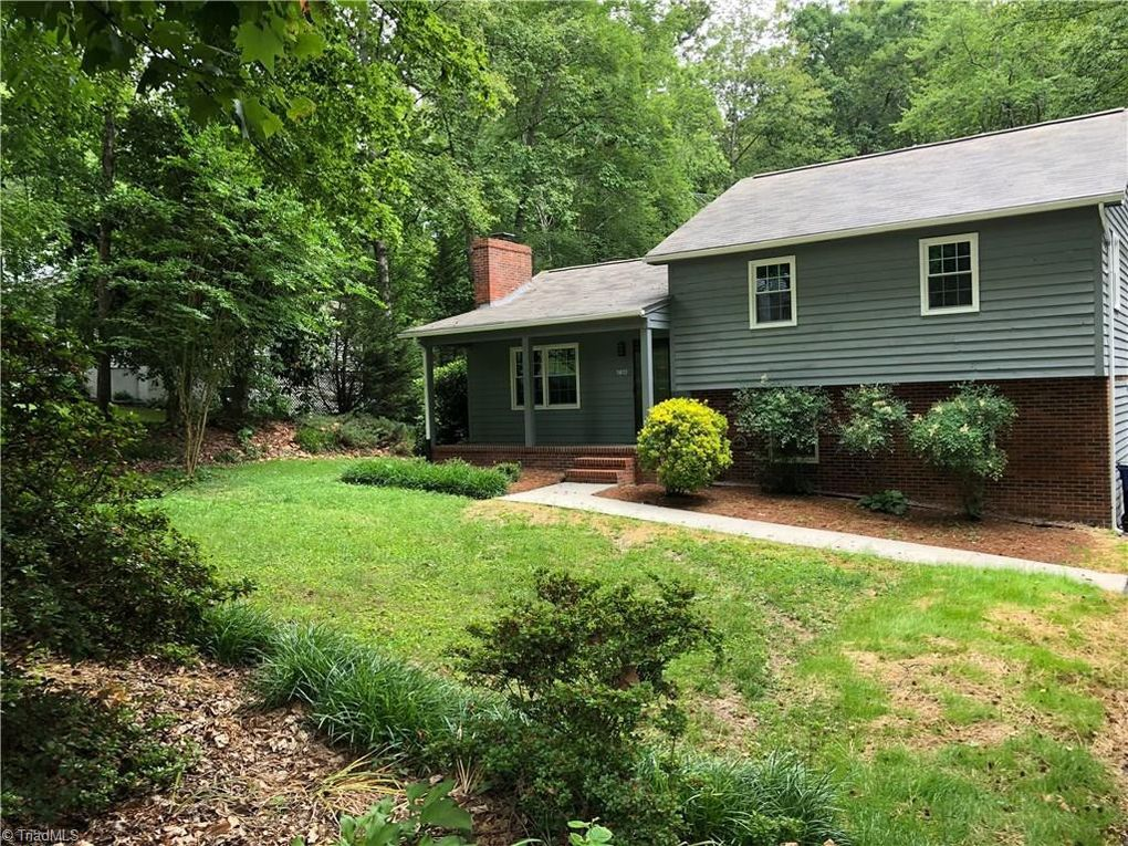 1912 Foxcroft Dr Mount Airy, NC 27030
