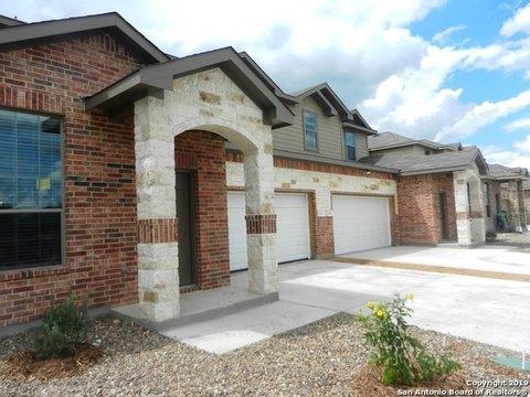 105 Wickersham, Conroe, TX 77304