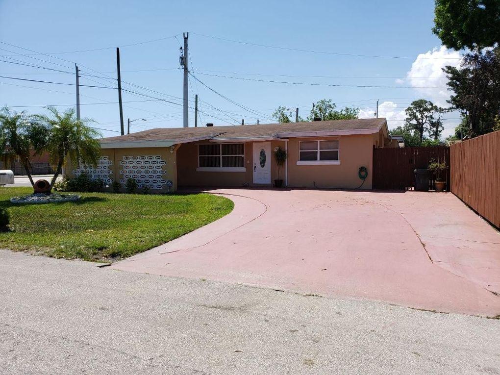 5012 Cheryl Ln, West Palm Beach, FL 33415