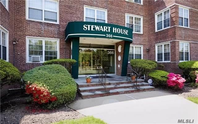 366 Stewart Ave Apt A10, Garden City, NY 11530