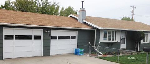Photo of 739 N 7th St, Lakeview, OR 97630