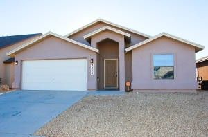3245 Muddy Point Ln, El Paso, TX 79938