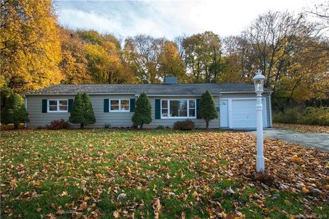 122 Edwards Rd, Cheshire, CT 06410