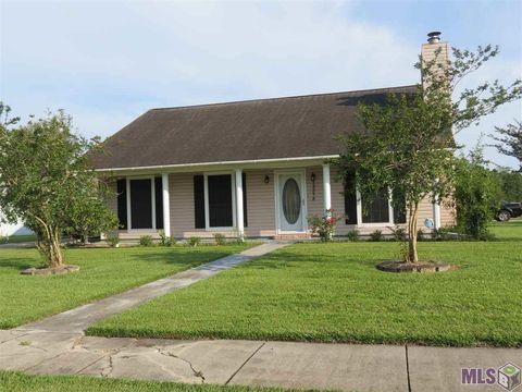 15318 Woodlore Dr, Baton Rouge, LA 70816