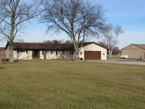 Photo of 7605 E Swan Rd, Avilla, IN 46710