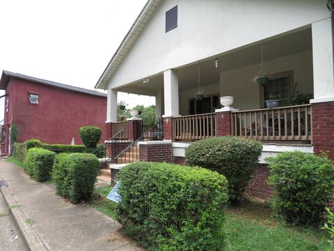 Photo of 205 N Orchard Knob Ave, Chattanooga, TN 37404
