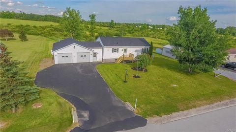 Photo of 36822 Sprucedale Dr, La Fargeville, NY 13656