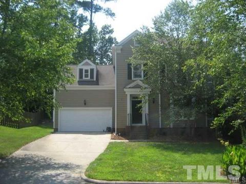 Photo of 5253 Covington Bend Dr, Raleigh, NC 27613