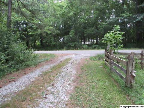526 County Road 330, Moulton, AL 35650