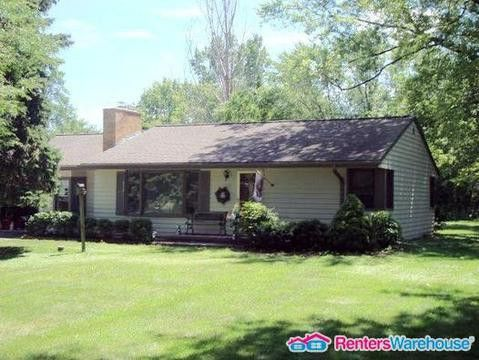 Photo of 14165 Newell Dr, Brookfield, WI 53005