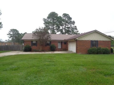 Photo of 106 Middlebrooks St, Norman Park, GA 31771