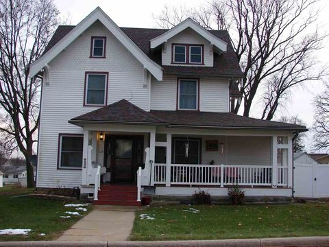 Photo of 535 Washington St, Linden, WI 53553