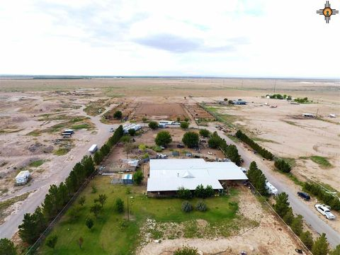 Photo of 183 W Blevins Rd, Artesia, NM 88210