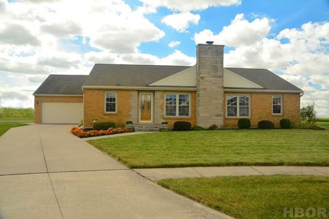 Photo of 153 James Ct, Findlay, OH 45840