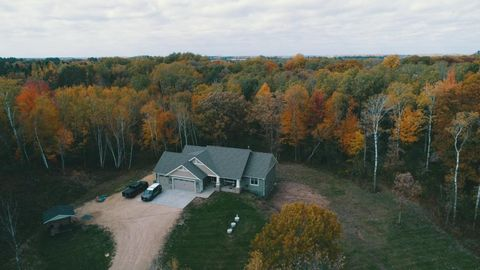 912 216th Ave, Somerset, WI 54025