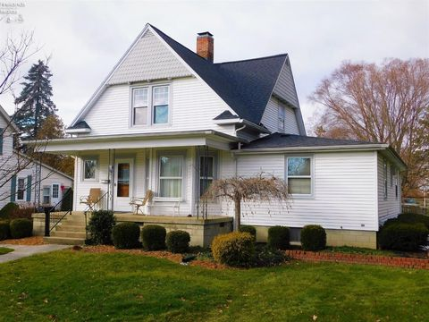 Photo of 4 Jackson St, Norwalk, OH 44857
