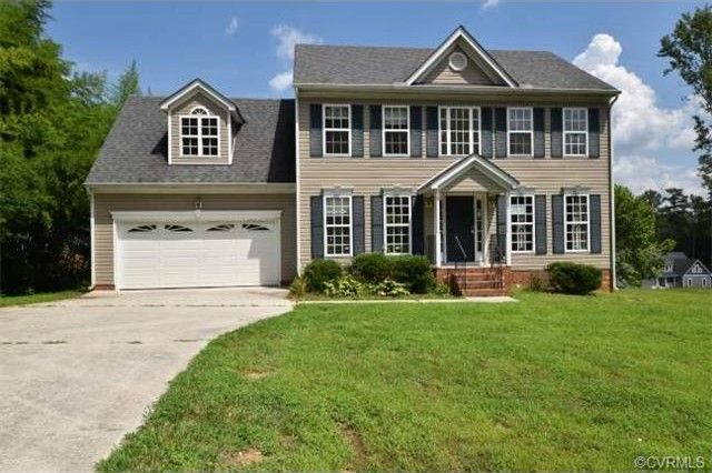 4007 Forest Vine Dr Colonial Heights, VA 23834