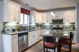 869 Eight Mile Rd, Anderson Township, OH 45255 - Kitchen