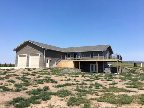 Photo of 3384 112 S Ave Sw, Dickinson, ND 58601